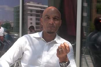 Daúto Faquirá, técnico de futebol