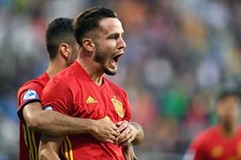 Saul Niguez festeja golo pela Espanha (Sub-21)