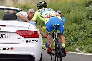 """A história repete-se. Depois de Sagan, Sérgio Paulinho """"atirado"""" para fora da Vuelta"""