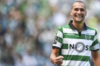 Bas Dost é um dos jogadores mais apetecíveis do plantel do Sporting.