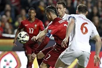 Português já aqueceu as mãos de Stojkovic
