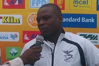 Treinador do Desportivo de Maputo Antero Cambaco.