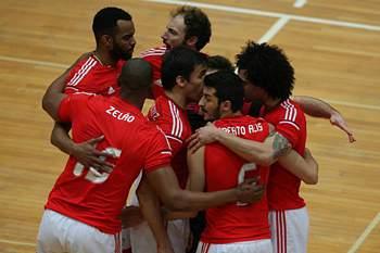 Benfica tricampeão de voleibol