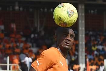 Salomon Kalou da Costa do Marfim.