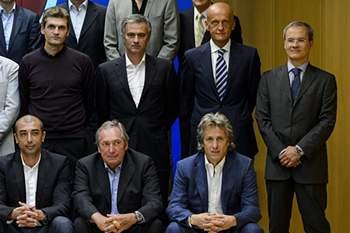 Mourinho num fórum da UEFA