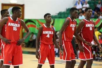 O cinco angolano vai defrontar a Gr