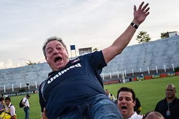 Treinador do Fluminense.