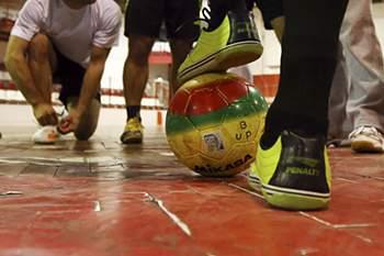 As duas equipas disputam a final do Torneio Cidade de Castelo Branco.