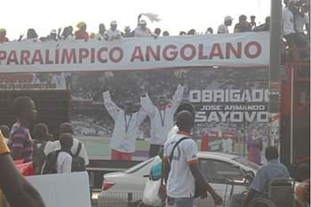 Sayovo numa das receções em Luanda