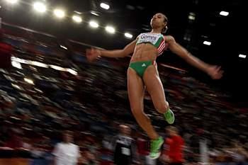 <p>Naide Gomes<br />Uma lesão afastou Naide Gomes da competição em Londres, já depois de ter obtido a qualificação para o salto em comprimento.</p>