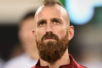 Raul Meireles of Portugal before a friendly match between Portugal and Ireland June 10, 2014 at Met Life Stadium in East Rutherford, New Jersey. AFP PHOTO/Stan HONDA