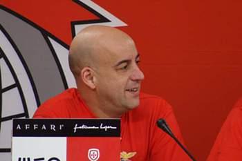 Treinador de hóquei em patins do SL Benfica.