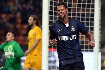 Rolando jogou esta temporada no Inter Milão