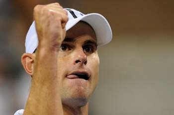 US Andy Roddick reacts against Australia's Bernard Tomic during their 2012 US Open men's singles match at the USTA Billie Jean King National Tennis Center in New York on August 31, 2012. AFP PHOTO/Emmanuel Dunand