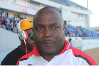 Treinador do Benfica do Lubango