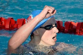 Katie Ledecky bateu o recorde mundial dos 1.500 metros livres nos Mundiais de natação que se realizam na Rússia