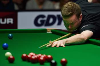 Shaun Murphy of England competes against Ireland's Fergal O'Brien, unseen, on his way to win the final of the World Snooker European Tour Gdynia Open 2014 tournament in Gdynia, Poland, 09 February 2014. POLAND OUT