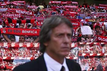 Benfica e Sporting disputam manchetes