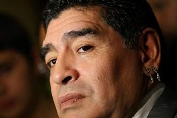 """Maradona chora pela Chapecoense: """"Apanharam o avi"""