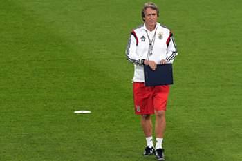 Treinador do Benfica.