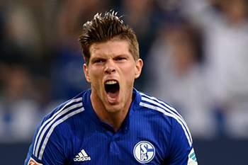 Huntelaar abriu o marcador aos 19 minutos na vitória sobre o Hertha Berlim.