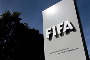 Vice-presidente da FIFA desvaloriza cr