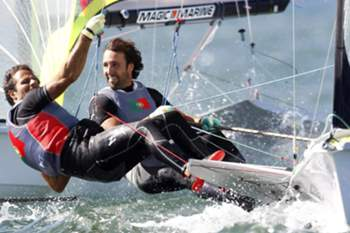 Jorge Lima (R) and Jose Costa compete in the men's 49er event on the sixth day of Santander 2014 ISAF Sailing World Championships offshore Santander city, Cantabria, northern Spain, 17 September 2014. The competition runs from 12 to 21 September 2014.