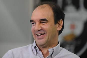 Ricardo Gomes.