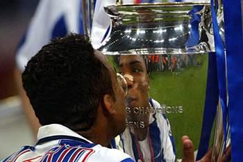 Carlos Alberto foi campeão europeu pelo FC Porto.