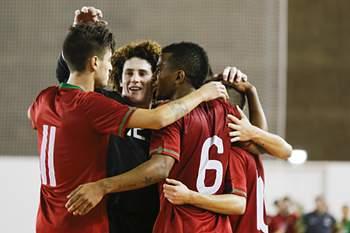 Sub-21 festejam golo diante da Letónia.