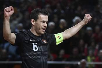 Capitão da seleção portuguesa de futsal.
