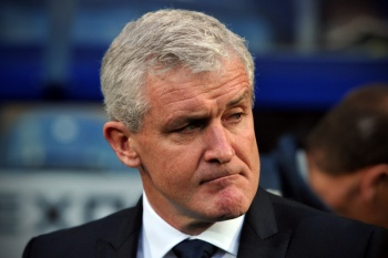 Mark Hughes é o novo treinador do Stoke City