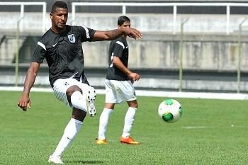 Cafú quer vencer FC Porto em Guimarães