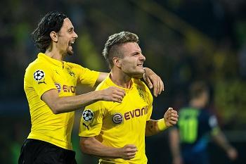 B. Dortmund vence Arsenal