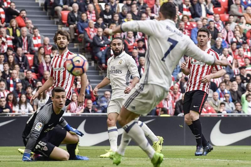 Ronaldo não gostou de ser substituído e disse-o a Zidane: