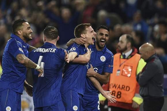 Leicester continua a surpreender