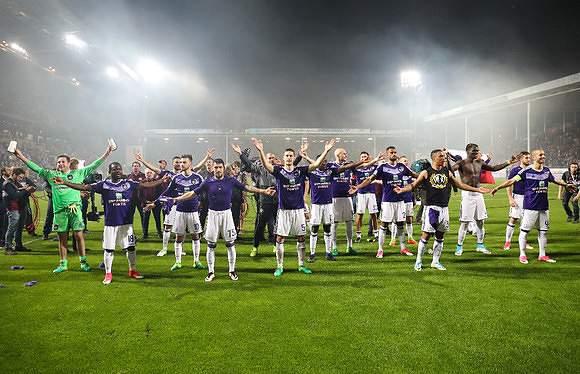 Mais um campeão: Anderlecht conquista a Bélgica