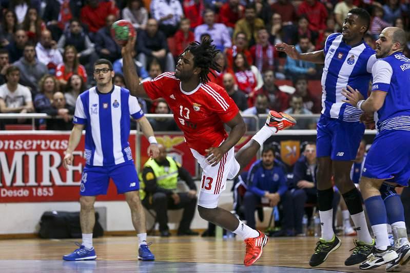 O jogador do Benfica Paulo Moreno