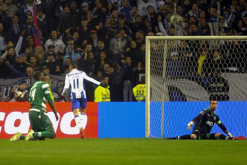 FC Porto goleia Sporting