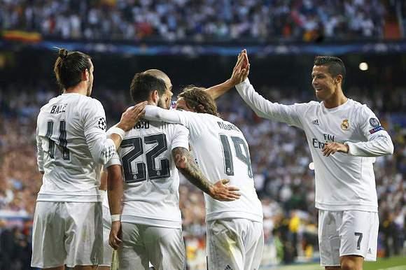 2.11 - Real Madrid (1079 golos/511 jogos)