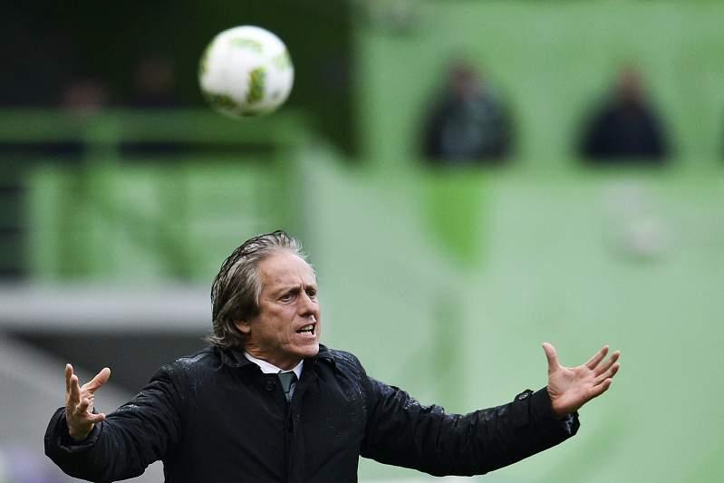 Jorge Jesus durante um jogo em Alvalade