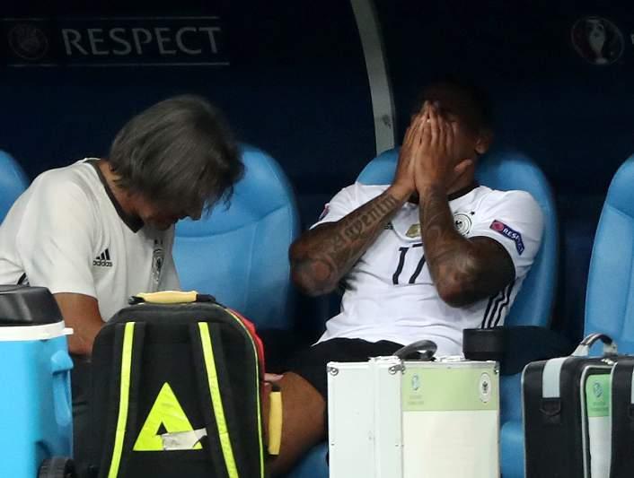 Boateng em lágrimas