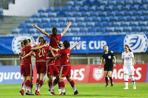 Algarve Cup: Espanha 1-0 Canadá
