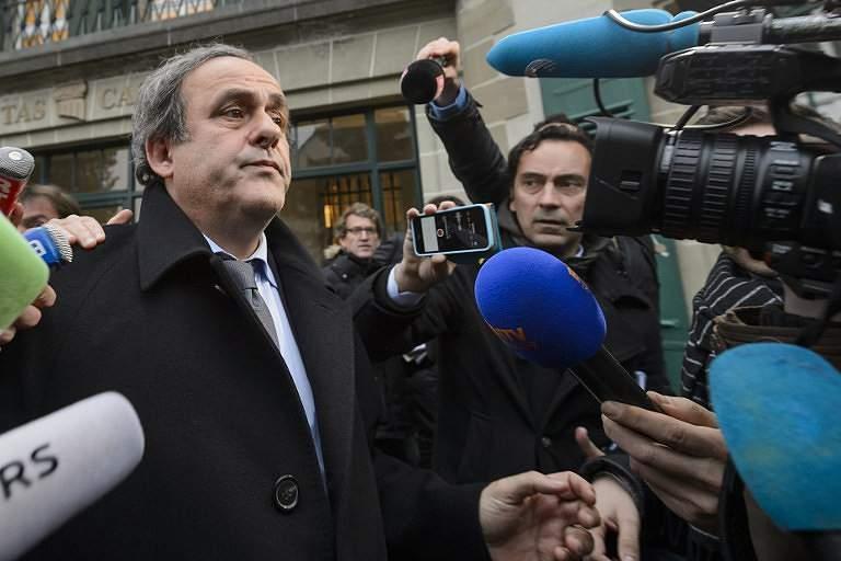 Platini cai no escândalo FIFA