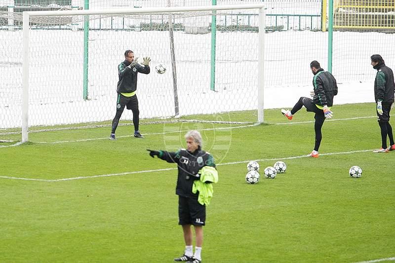 Sporting já treinou no gelo de Varsóvia