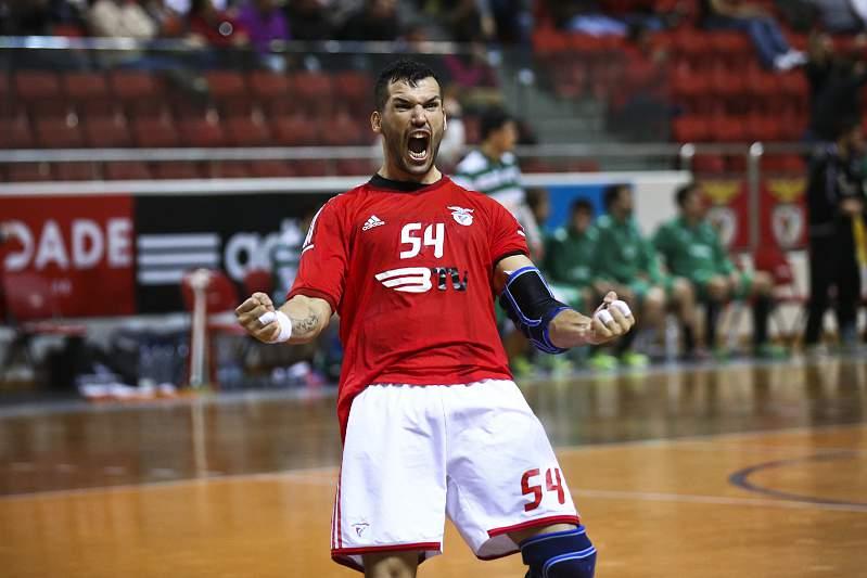 José Costa celebra golo