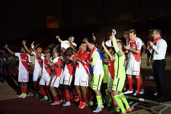Mónaco bate Saint-Étienne e é campeão francês