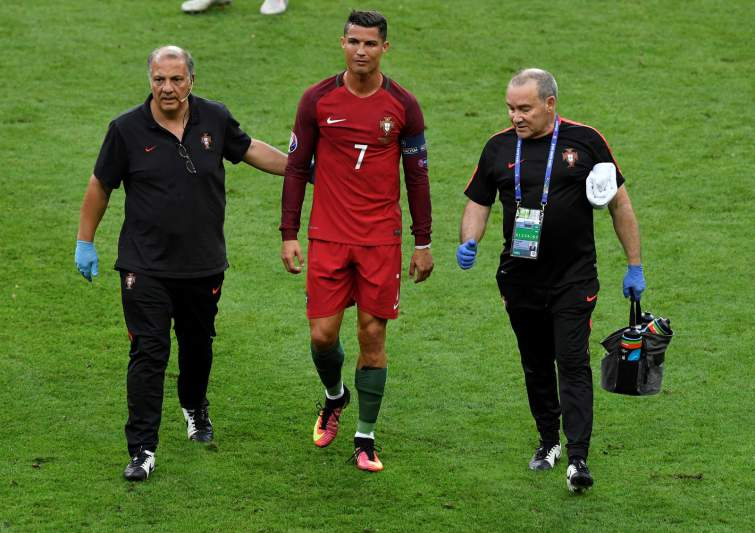 Cristiano Ronaldo inconsolável