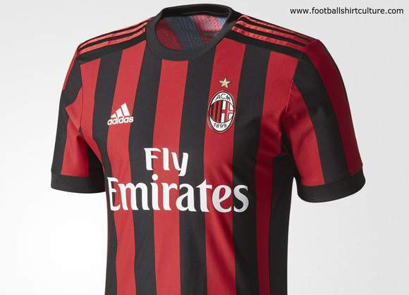 Camisola principal do AC Milan