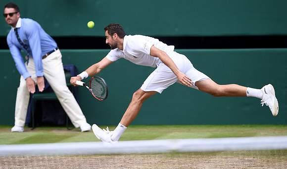 De branco, apenas em Wimbledon